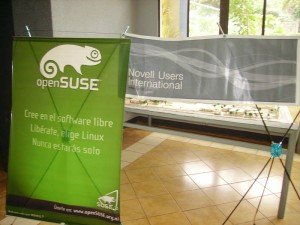 OpenSuSE and Novell banners!
