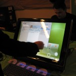 Lots of attention gathered the openSUSE 11.2 demo at the openSUSE booth at FOSDEM 2010